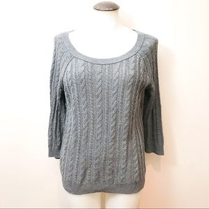 American Eagle 🦅 ladies cable knit sweater